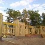 02-GwinnCustomHome-FrontFraming